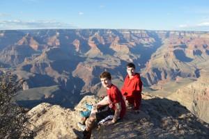 Grand Canyon_boys